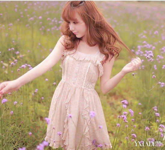 【图】几款矮小女生穿衣搭配图片大放送让你轻松化身大长腿