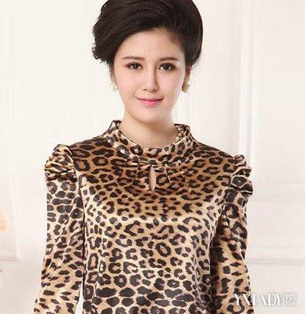 【图】新款中老年秋冬半身长裙4种不同风格搭配让你美起来